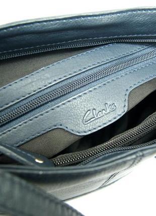 Clarks. функциональная кожаная сумка через плечо. темно синяя9
