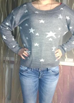 Крутой свитер со звездами