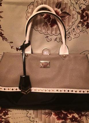 Фирменная сумка gussaci; черно-бежевая сумка;