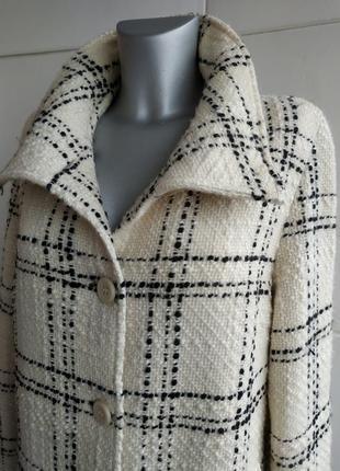 Шерстяное пальто бренда marks&spencer в широкую клетку с боковыми карманами4