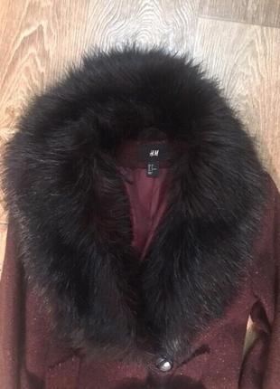 Пальто с искусственным мехом.2