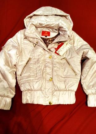 Нова куртка бежевого кольору3