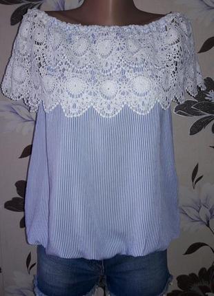 Блуза с кружевом на плечи р.l1 фото
