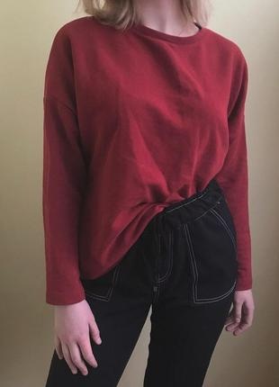 Красный свитшот