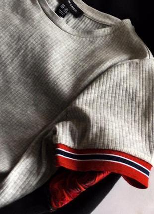 Актуальний сірий топ з лампасами new look m/l3