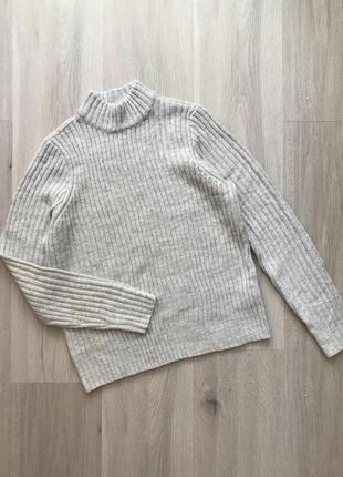 Стильний базовий светрик джемпер свитер з горловиною в крупний рубчик3