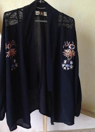 Черные легкий кардиган с вышивкой topshop. обнова! смотрите мои объявления!3 фото