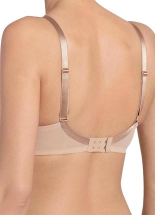 Бюстгальтер triumph beauty-full basics wp underwired plunge moulded smooth6 фото