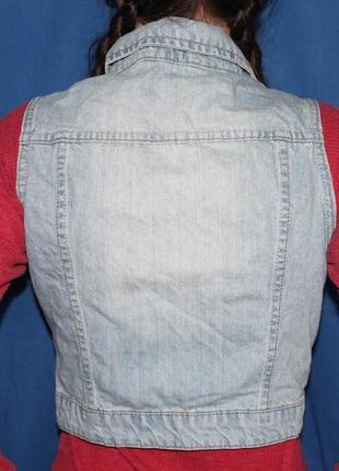 Трендовый женский джинсовый жилет  безрукавка, размер 83