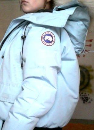 Женственная теплая куртка оригинал от canada goose привезена из испании3