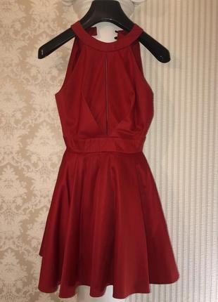 Красное платье - мини с открытой спиной2 фото