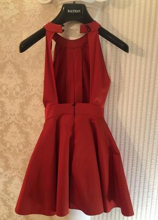 Красное платье - мини с открытой спиной3 фото