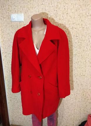 Стильное деми пальто 52-54 размер италия1
