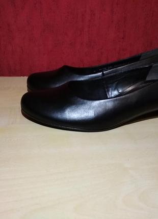 Шикарные новые туфли4 фото