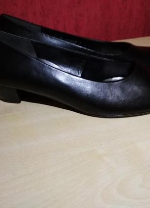 Шикарные новые туфли5 фото