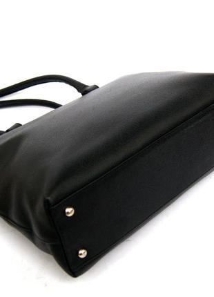 Люкс бренд. jil sander. германия. лаконичная кожаная сумка на плечо.4