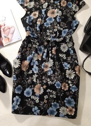Стильное платье.размер l3