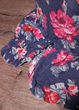 Стильная удлиненная майка с цветочным принтом2