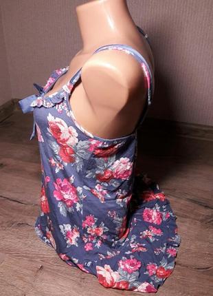 Стильная удлиненная майка с цветочным принтом3