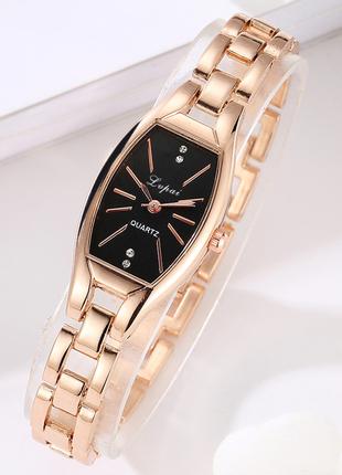 Наручные часы женские с золотистым ремешком код 396