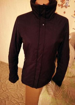 Демисезонная куртка розмер м - l