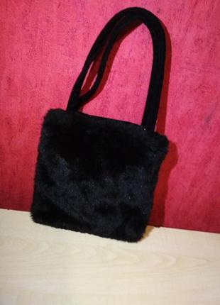 Маленькая меховая сумочка, италия1