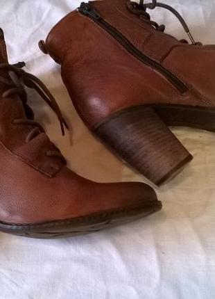 Качественные кожаные ботинки 40 р. 26 см. jones bootmaker утепленные, подошва freeflex3