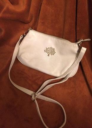 Белая молочная сумка через плечо