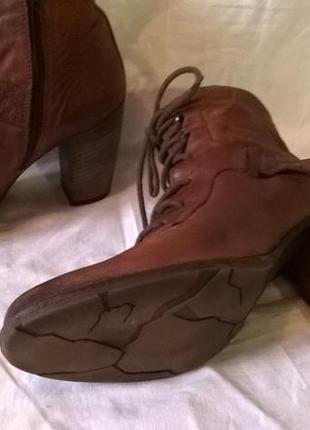 Качественные кожаные ботинки 40 р. 26 см. jones bootmaker утепленные, подошва freeflex9