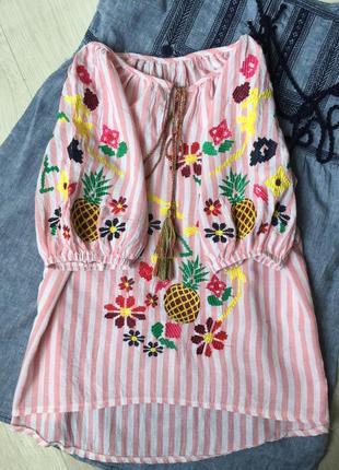 Красивая блуза вышиванка1 фото