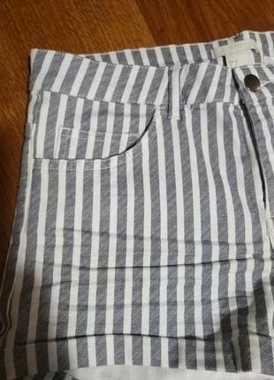 Фирменные стильные качественные натуральные шорты в полоску .3