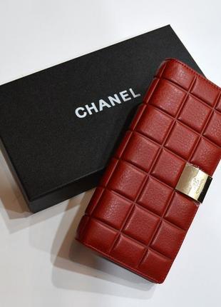 Женский классический кошелек из стеганой кожи красного цвета chanel1