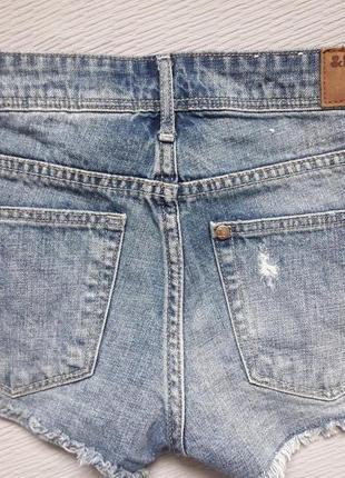 Суперовые рваные джинсовые шорты с карманами denim h&m2 фото