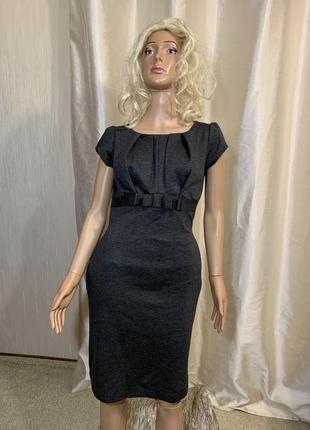 Симпатичное базовое плотное трикотажное платье по фигуре2