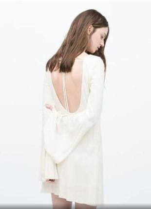 Молочное трикотажное ребристое платье с открытой спиной zara1 фото