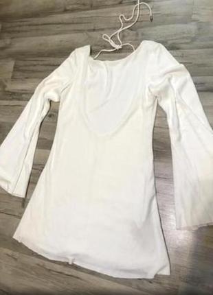 Молочное трикотажное ребристое платье с открытой спиной zara4 фото