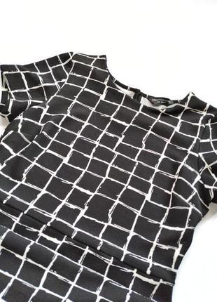 Чёрно-белое платье футляр в клетку dorothy perkins6 фото