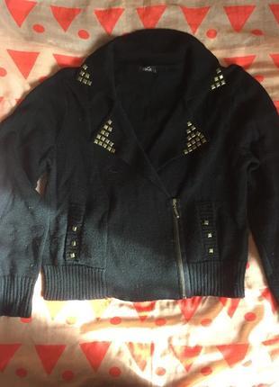 Свитер-курточка