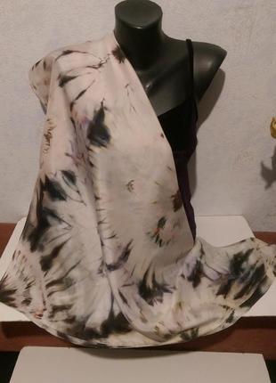Натуральный качественный шелк,красивый батик платок,шов роуль,88*921