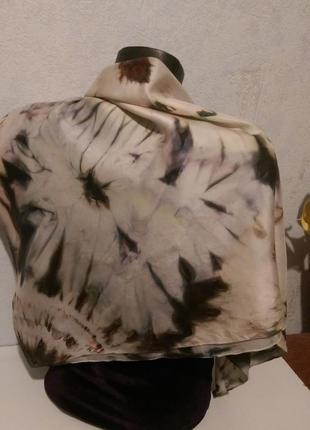 Натуральный качественный шелк,красивый батик платок,шов роуль,88*923
