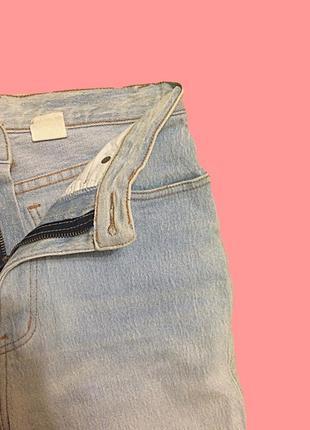 Светлые джинсы с высокой талией3 фото