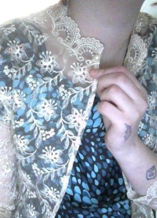Полупрозрачная элегантная накидка с перламутровой пуговицей нарядная праздничная1 фото