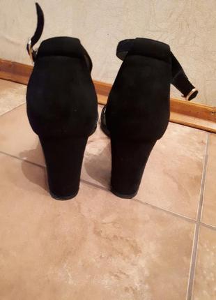 Босоножки, сандали2 фото