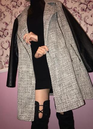 Пальто демисезонное чёрное с серым