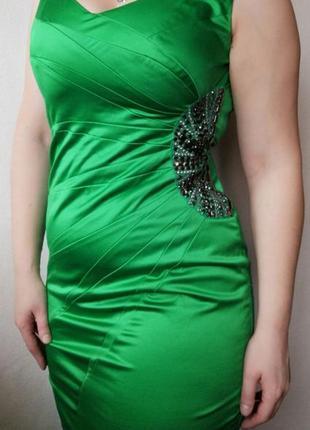 Атласное платье julien macdonald1