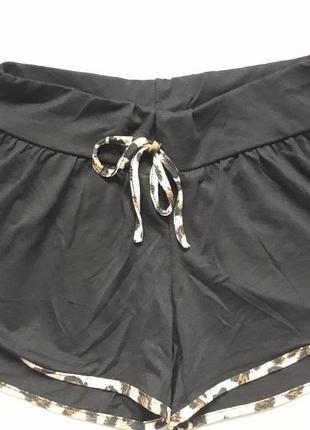 Классные шорты с леопардовой окантовкой body skult1