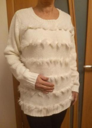Стильный красивый свитер. размер 16.2