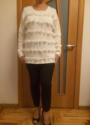 Стильный красивый свитер. размер 16.3