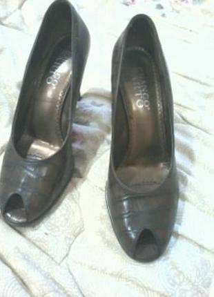 Туфли с открытым носком р 40-41 franco sarto