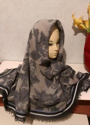 Шикарный огромный платок,шерсть и шелк,с тесьмой,116*121 см,amet&ladoue,франция2 фото